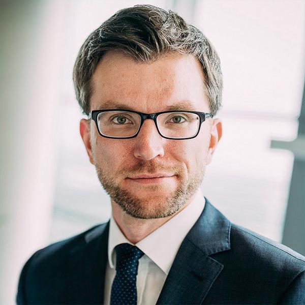 Dr. Christian Beckmann