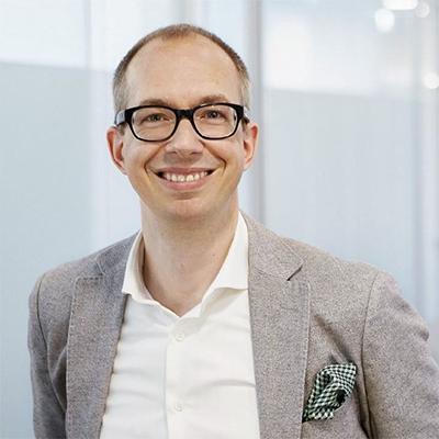 Dr. Alexander Goertz